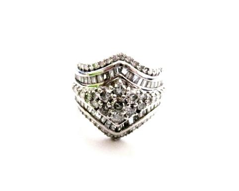 ダイヤモンド2ctリング
